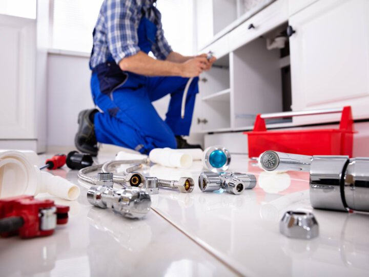 Differences Between Commercial and Residential Plumbing Services